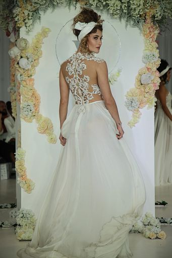 Julie Vino Bridal FW18 0113