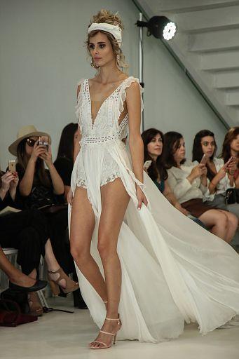 Julie Vino Bridal FW18 0133